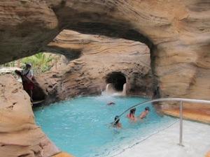 Aulani Waikolohe Pool Caved Area
